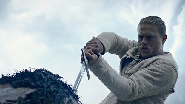 Új Arthur király - A kard legendája szinkronizált előzetes
