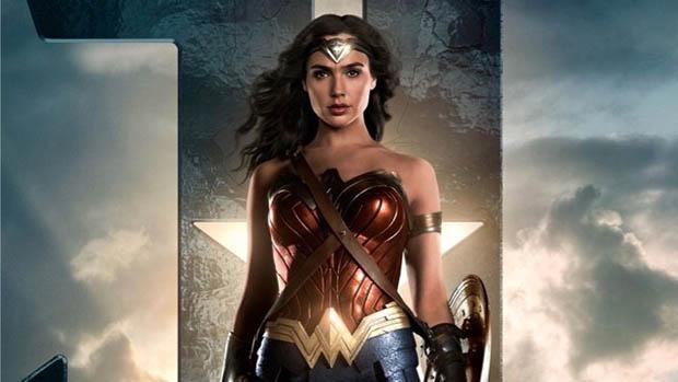 Justice League karakterplakátok és videók