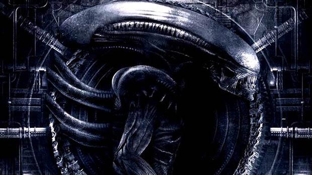 Mutatós lett az Alienközpontú Empire borító