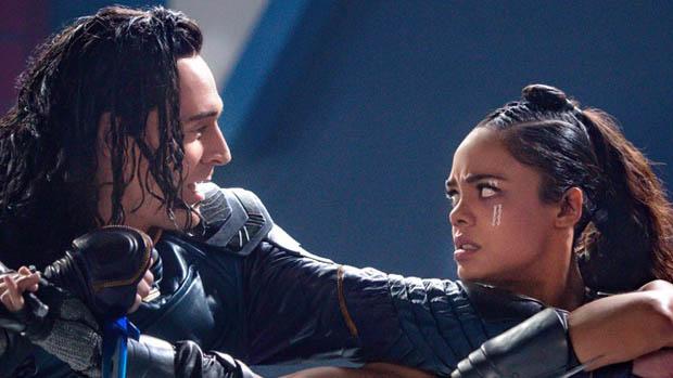 Loki és Valkyrie gyakorolnak