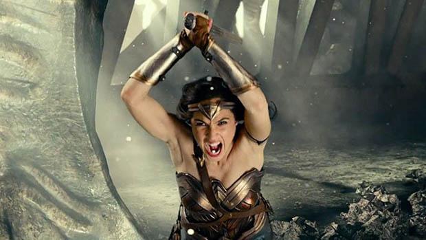 Wonder Woman újra akcióba lendül