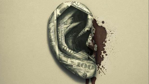 A világ összes pénze új poszterrel támad