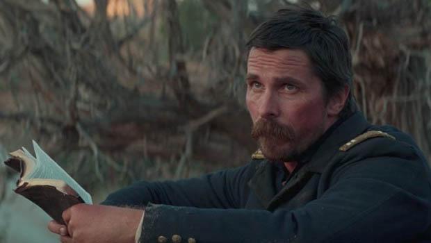 Új előzetes kapott Christian Bale westernje